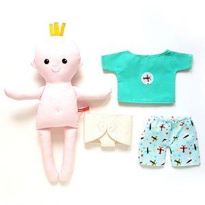 miaszösz pelenkás baba öltöztethető textiljáték