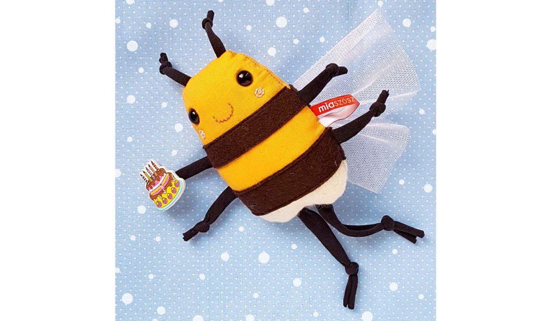 kézműves játék, miaszösz, méhecske, textiljáték