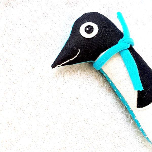 kézműves babajáték csörgő pingvin