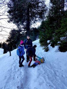 Túrázás gyerekekkel - a túrázás összekovácsolja a csapatot...