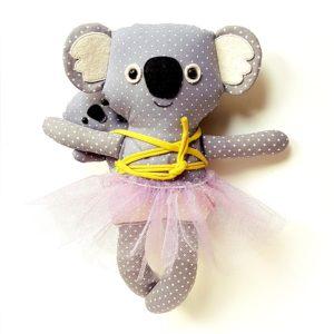 babahordozós koala játék plüss figura